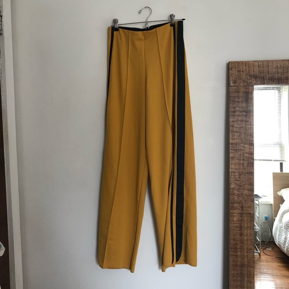 6b59381754 ZARA yellow track black stripes wide leg pants